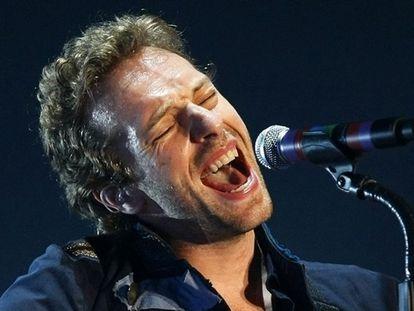 """Lejos de amilanarse ante la demanda de plagio que Joe Satriani ha interpuesto contra ellos, el cantante de Coldplay, Chris Martin, dice que ésta y la acusación de Cat Stevens de que su canción <i>Viva la vida</i> es un plagio, les resultan toda una fuente de inspiración. """"Algunas personas nos están demandando en este momento y aunque al principio fue un poco depresivo, ahora esto se ha vuelto realmente inspirador"""", asegura Martin en una entrevista. """"Piensas, &#39;bien, si todo el mundo está intentando tumbar nuestra mejor canción, entonces escribiremos otras 25 mejores que esa&#39;. Y justo en el momento en el que estaba pensando en ponerme gordo y acomodarme, he encontrado una nueva inspiración"""", añade."""