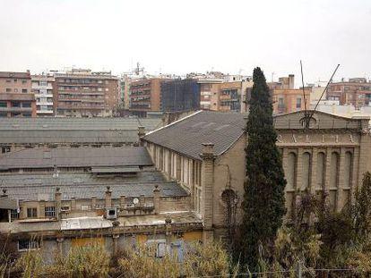 Vista parcial de las naves de la antigua empresa Uralita en Cerdanyola del Vallès, Barcelona.