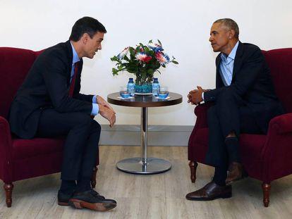 El presidente del Gobierno Pedro Sánchez con el exmandatario de EEUU Barack Obama, el pasado año en Madrid.