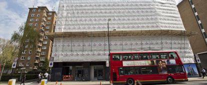 Nuevo edificio de 86 viviendas, algunas de propiedad compartida, en Blackfriars Road (Londres).