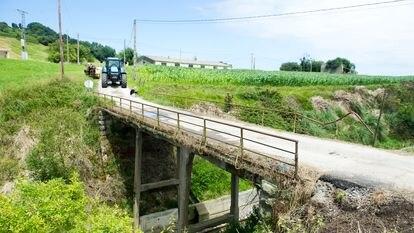 Puente en Serdio (Cantabria) origen del incidente entre los vecinos y la Guardia Civil.