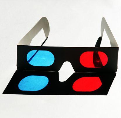 Las viejas gafas de cartón  3D serán historia con los nuevos televisores.