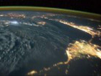 El vídeo lo grabó el astronauta Tim Peake, en un viaje a la Estación Espacial Internacional