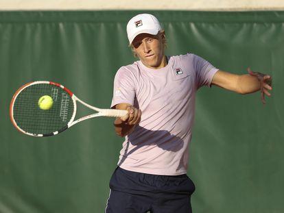 Leo Borg, durante su segundo partido en Roland Garros.
