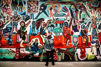 Mural de Yassine Balbzioui producido para 'Trilogía marroquí', la primera muestra del año del Museo Reina Sofía de Madrid.