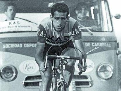 Eusebio Vélez, con el equipo KAS