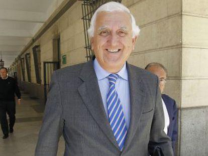 El expresidente de la patronal Santiago Herrero, en los juzgados sevillanos el pasado abril.
