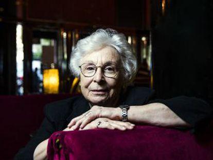 La directora cordobesa, la primera realizadora en obtener el Premio Nacional, recuerda su carrera y su lucha por experimentar en el audiovisual