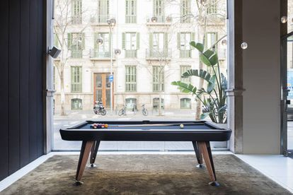 Diagonal pool table, de Yonoh para RS Barcelona.