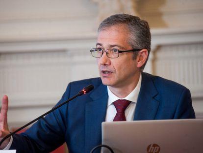 Pablo Hernández de Cos, gobernador del Banco de España, en la Universidad Menéndez Pelayo de Santander.