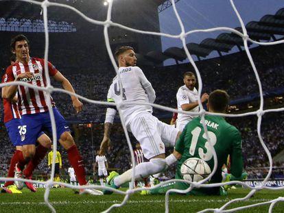 Momento del gol de Sergio Ramos.