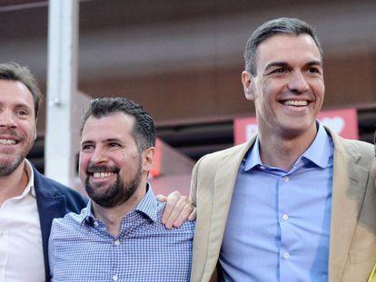Óscar Puente, Luis Tudanca, Pedro Sánchez y Teresa López en el acto del PSOE en Valladolid.