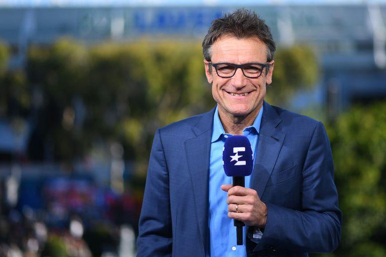 Mats Wilander posa durante una retransmisión. / EUROSPORT