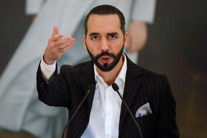 Nayib Bukele, presidente de El Salvador, durante una conferencia de prensa.