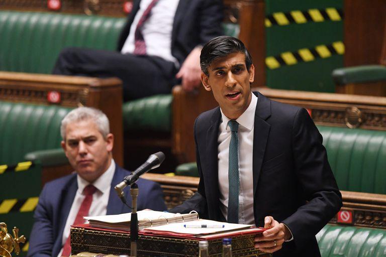 El ministro de Economía británico, Rishi Sunak, presenta el Compromiso de Gasto en la Cámara de los Comunes, este miércoles.
