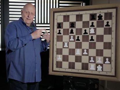 Uno de los mejores ajedrecistas del mundo en los años sesenta y setenta ataca con precisión y elegancia