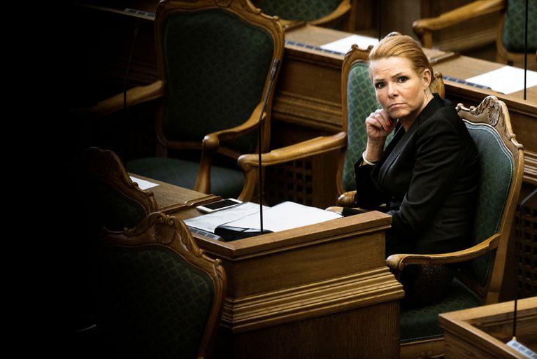 Inger Stojberg, entonces ministra de Integración danesa, durante una sesión en el Parlamento en enero de 2016.