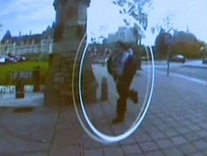 Imagen de las cámaras de seguridad del autor de los disparos.