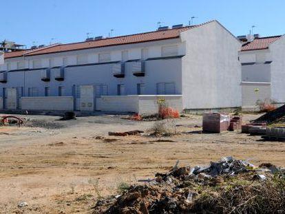 Viviendas en la calle Serenata, en Huelva.