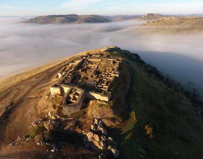 Vista general del castillo de Alarcos.