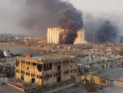 Zona afectada por la explosión, en Beirut.