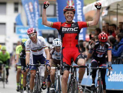 Samuel Sánchez gana en la Vuelta al País Vasco en 2016.