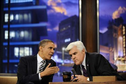 El presidente de EE UU, Barack Obama, con el presentador Jay Leno la noche del martes.