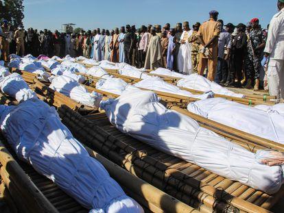 Funeral de la matanza el 28 de noviembre de 2020 en Nigeria, perpetrada presuntamente por miembros del grupo yihadista Boko Haram.
