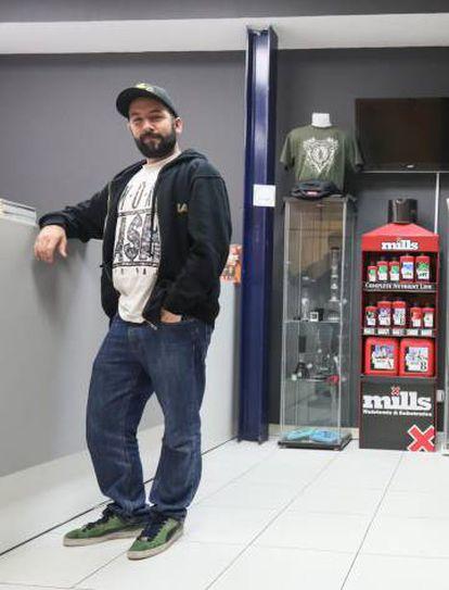 Álvaro Zamora, jefe de ventas internacionales de Leaf Life, en la sede madrileña de la empresa.