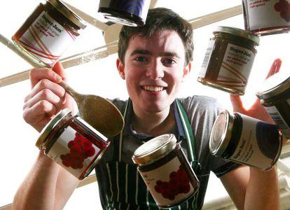 El joven gastroempresario escocés Fraser Doherty, con sus mermeladas SuperJam.