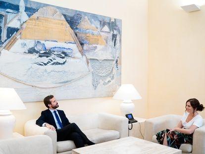 Pablo Casado e Isabel Díaz Ayuso, el miércoles en la Real Casa de Correos de Madrid.