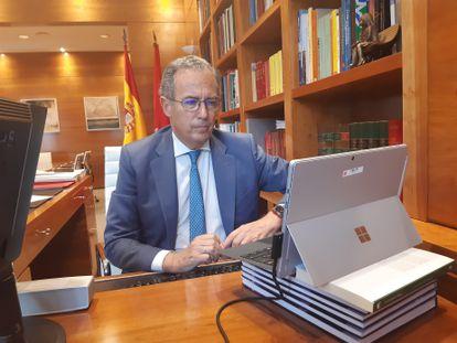 El consejero de Educación y Juventud y portavoz del Gobierno en funciones, Enrique Ossorio, clausura las jornadas La Inspección Educativa.