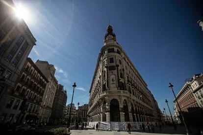 Vista del Centro Canalejas en la confluencia de las calles Sevilla y Alcalá.