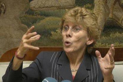 Cristina Barrios, en un encuentro con corresponsales españoles en México en 2004.
