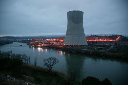 Vista de la central nuclear de Ascó, en la provincia de Tarragona