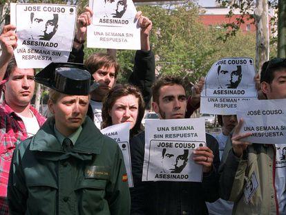 Protesta frente al Ministerio de Asuntos Exteriores, por el asesinato del cámara de Telecinco José Couso en Irak en 2003.