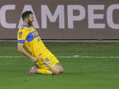 Gignac celebra un gol con Tigres en la Champions de la Concacaf.