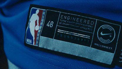 Certificado de autenticidad donde se integra el chip NFC.