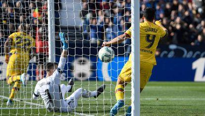 El VAR validó el gol de Arturo Vidal, el del triunfo del Barça.