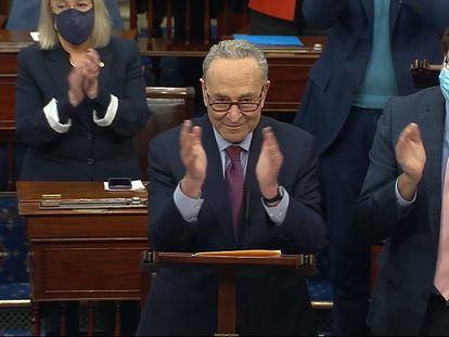 El líder de la mayoría en el Senado, el senador demócrata Chuck Schumer en el Capitolio, Washington.