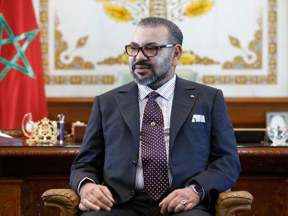 El rey Mohammed VI de Marruecos, en un encuentro con ministros rusos en el palacio real.