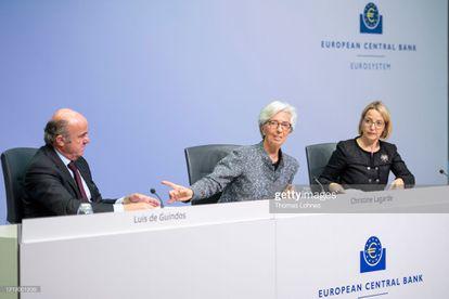 Christine Lagarde, presidenta del Banco Central Europeo, junto al vicepresidente Luis de Guindos, en una reunión en Fráncfort, el mes pasado.