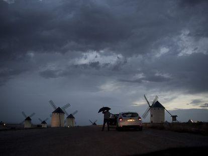 El cerro de los molinos de Campo de Criptana.