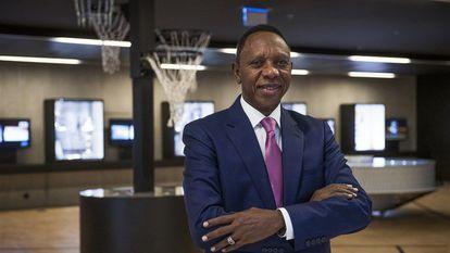 Hamane Niang, tras ser elegido presidente de la FIBA