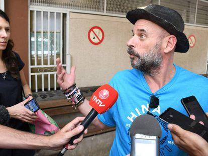 Guy Laliberte, al ser puesto en libertad.