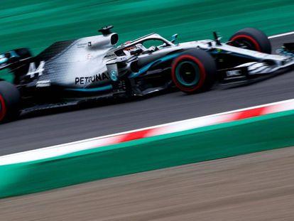Lewis Hamilton corre durante los segundos entrenamientos libres del GP de Japón 2019, la última vez que se celebró el Gran Premio nipón.