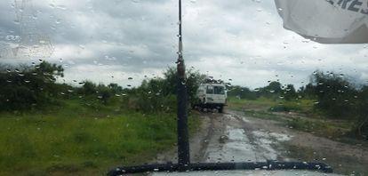 La lluvia dificulta la movilidad, incluso de vehículos 4x4, en las zonas rurales de Sudán del Sur.