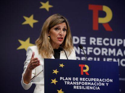 La vicepresidenta tercera y ministra de Trabajo y Economía Social, Yolanda Díaz, durante la presentación este lunes de la parte del plan de recuperación de su departamento.