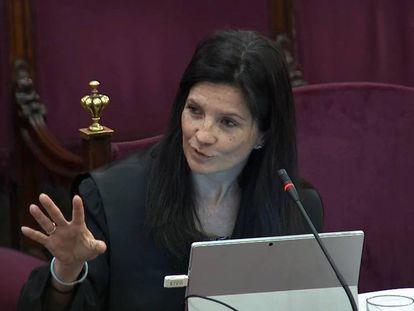 La abogada del Estado Rosa María Seoane en el juicio.