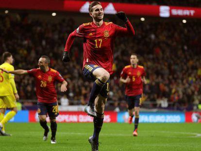 Fabián celebra el primer gol contra Rumanía.